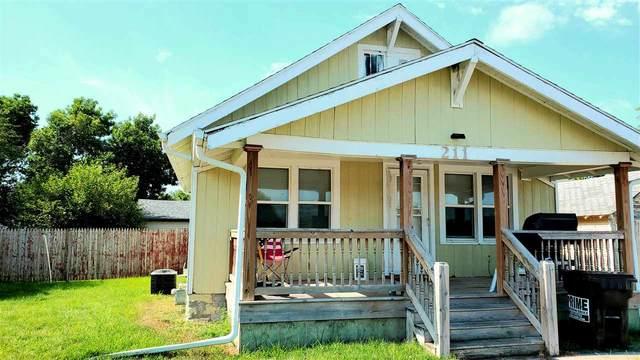 211 W Phillip Ave, Norfolk, NE 68701 (MLS #200445) :: kwELITE