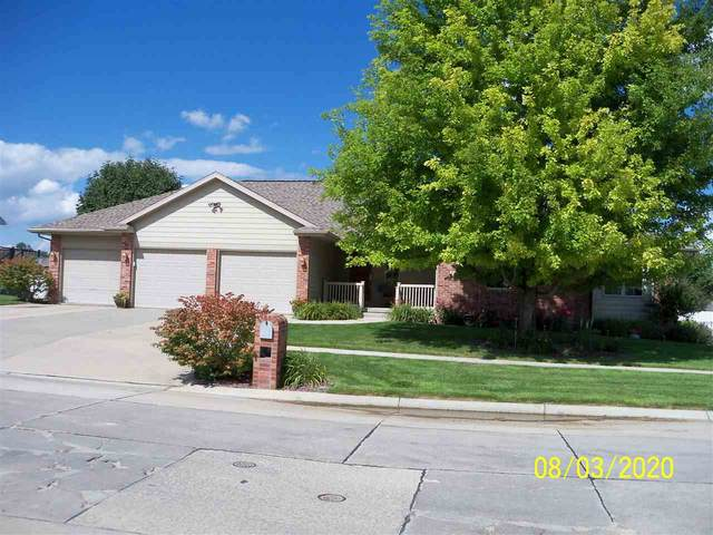 3014 Golf View Dr, Norfolk, NE 68701 (MLS #200482) :: kwELITE