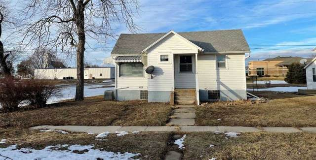 301 E Locust Ave., Plainview, NE 68769 (MLS #210044) :: kwELITE