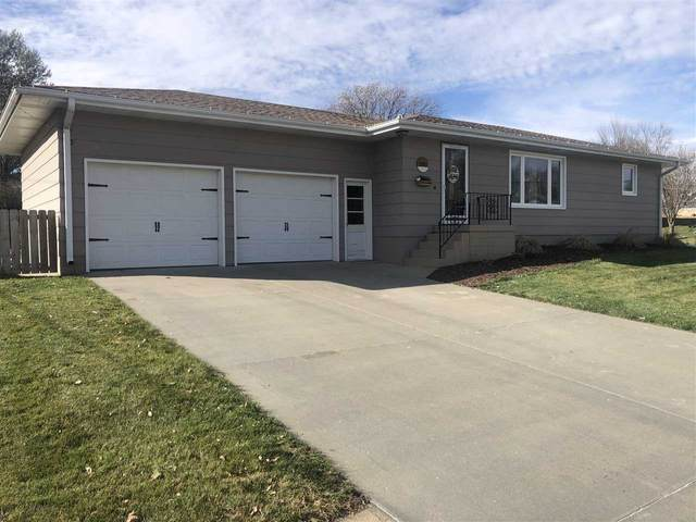 1507 Valli Hi Rd, Norfolk, NE 68701 (MLS #210045) :: kwELITE
