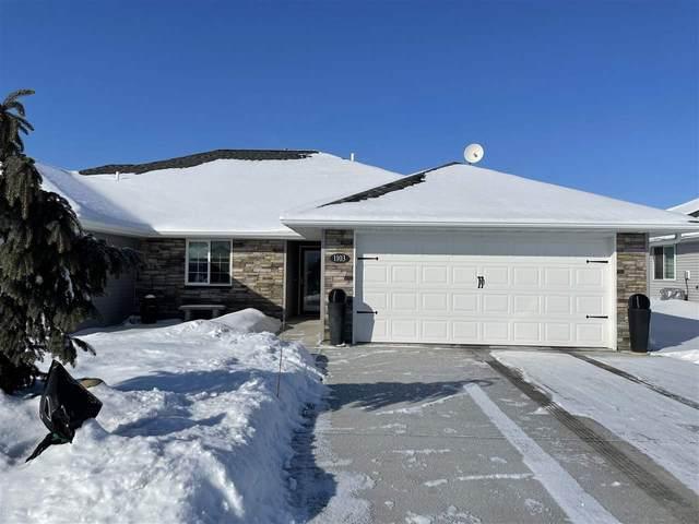 1103 W Meadow Ridge Rd, Norfolk, NE 68701 (MLS #210115) :: kwELITE