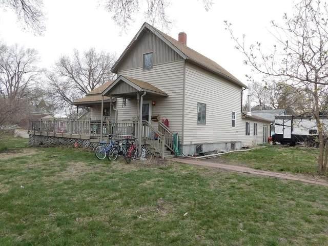 305 W Cedar Street, Cedar Rapids, NE 68627 (MLS #210315) :: kwELITE