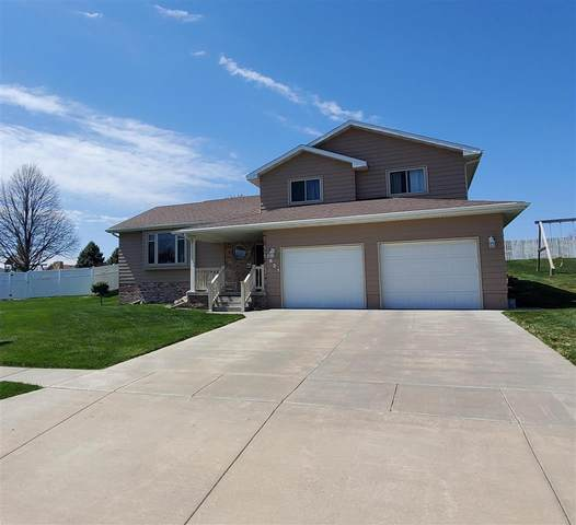1621 Blackberry Dr., Norfolk, NE 68701 (MLS #210352) :: kwELITE