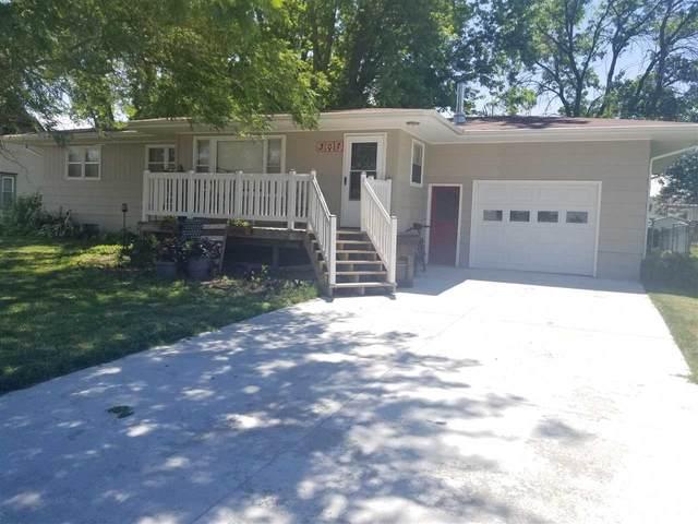 307 W Martin St, Battle Creek, NE 68715 (MLS #210545) :: kwELITE