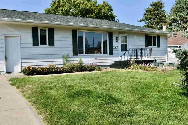 902 Elm, Stanton, NE 68779 (MLS #210674) :: kwELITE