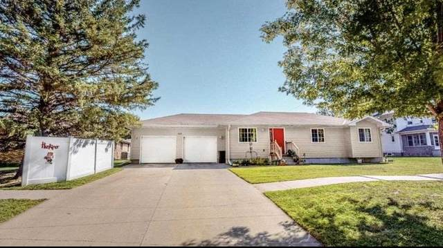 203 Hale Avenue, Newman Grove, NE 68758 (MLS #210783) :: kwELITE