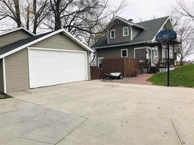 402 W 8th St, Madison, NE 68748 (MLS #210308) :: kwELITE