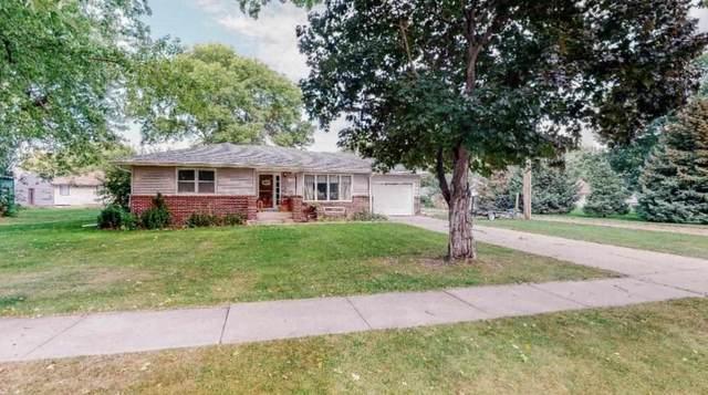 822 7th Street, Fullerton, NE 68638 (MLS #210802) :: kwELITE