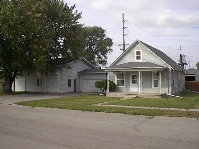 516 Lincoln Ave, Norfolk, NE 68701 (MLS #190594) :: Berkshire Hathaway HomeServices Premier Real Estate