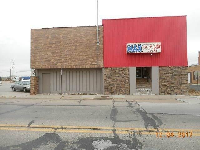 300 W Braasch Ave., Norfolk, NE 68701 (MLS #200770) :: kwELITE