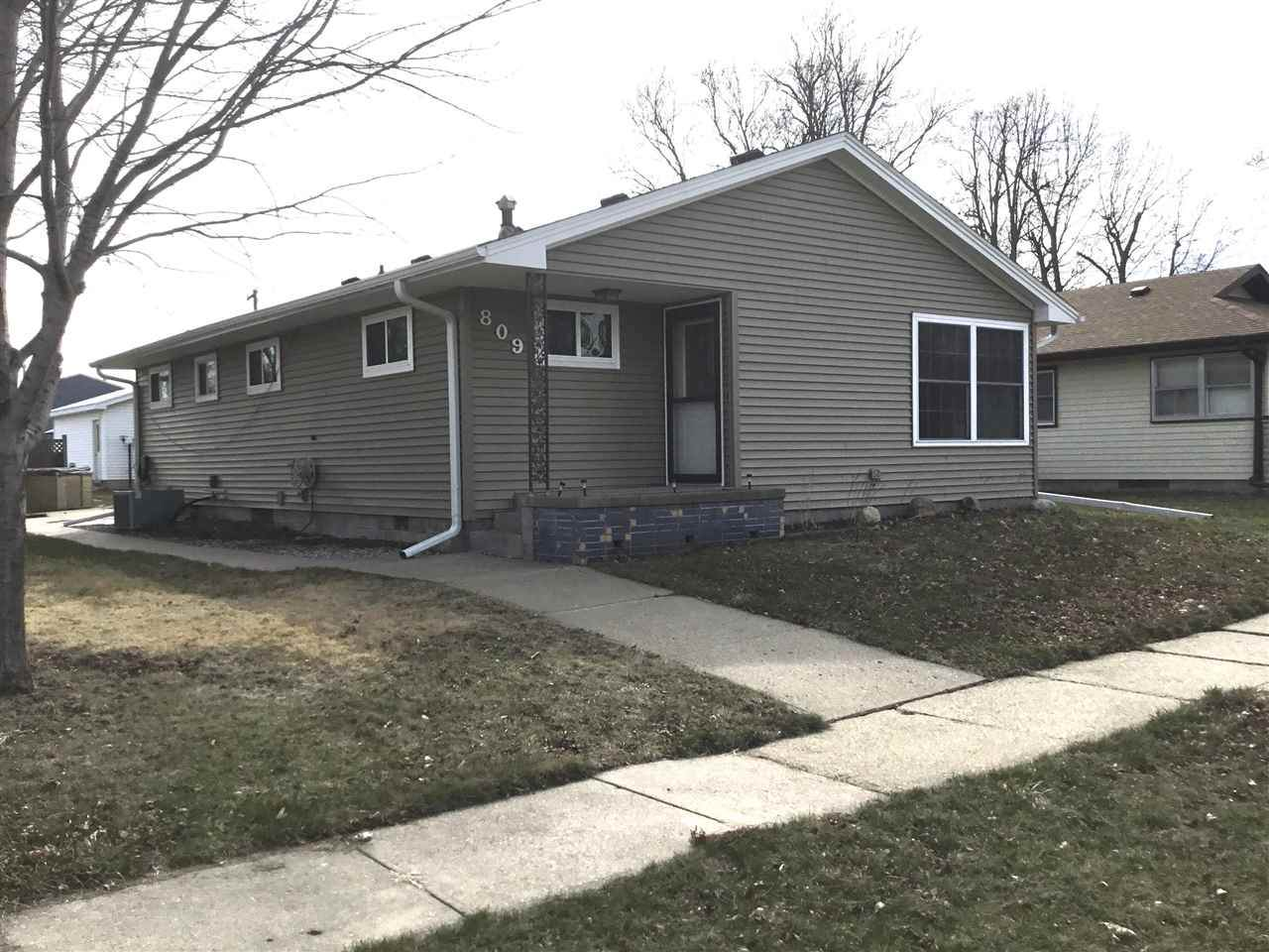 809 Central St. - Photo 1