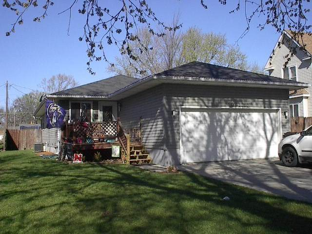 802 S 4th St, Norfolk, NE 68701 (MLS #210294) :: kwELITE