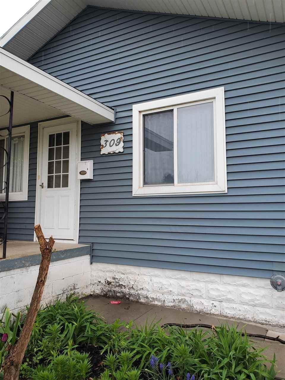 309 Pine St. - Photo 1