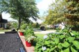 250 Casterton Avenue - Photo 2