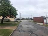 1457 Iroquois Avenue - Photo 7