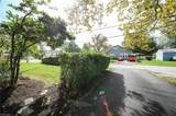 8021 Lake Shore Boulevard - Photo 14