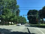 Hawkins Avenue - Photo 4