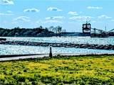 401 Shoreline Drive - Photo 5