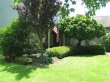 390 Spring Valley Drive - Photo 4