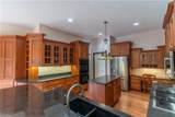 18268 Warwick Road - Photo 16