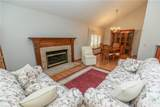 7055 Ravenswood Drive - Photo 4
