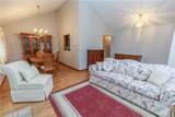 7055 Ravenswood Drive - Photo 5