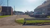 3817 Sackett Avenue - Photo 2