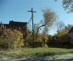 601 117 Street - Photo 4