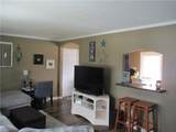 1401 Hollyview Drive - Photo 4