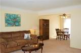 2749 Robinhood Drive - Photo 4