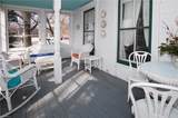 326 College Street - Photo 3