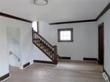 10312 Homeworth Avenue - Photo 3