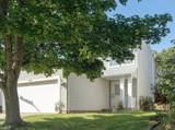 539 Wykeham Court - Photo 2