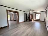 915 Auburn Place - Photo 4