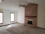 1077 Marilyn Way - Photo 12