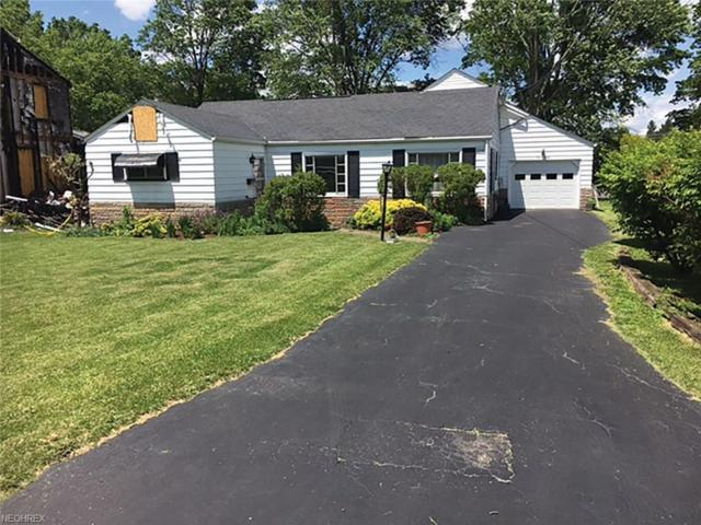 116 7th St, Columbiana, OH 44408 (MLS #3914659) :: RE/MAX Valley Real Estate