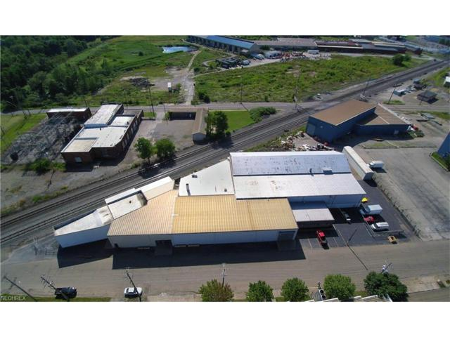 949 S Broadway Ave, Salem, OH 44460 (MLS #3916647) :: RE/MAX Valley Real Estate