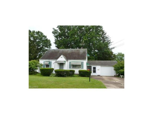 210 Omar St, Struthers, OH 44471 (MLS #3916778) :: RE/MAX Valley Real Estate