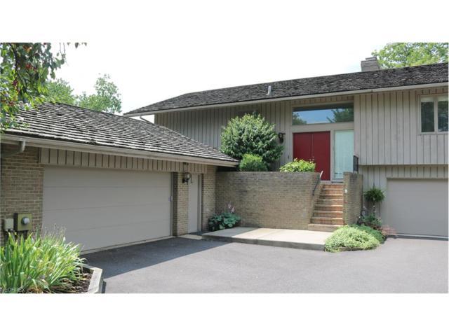 686-16 Claridge Ln, Aurora, OH 44202 (MLS #3930514) :: Keller Williams Chervenic Realty