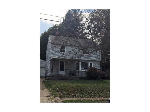 960 Davies Ave, Akron, OH 44306 (MLS #3947731) :: The Crockett Team, Howard Hanna