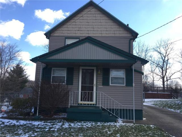 52 Prospect St, Struthers, OH 44471 (MLS #3950088) :: RE/MAX Valley Real Estate