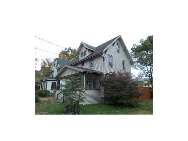 152 Hollinger Ave, Akron, OH 44302 (MLS #3953002) :: The Crockett Team, Howard Hanna