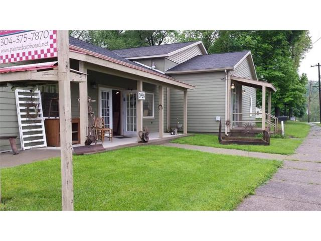 901 Highland Ave, Williamstown, WV 26187 (MLS #3953965) :: Tammy Grogan and Associates at Cutler Real Estate