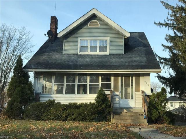 802 Greenwood Ave, Akron, OH 44320 (MLS #3959758) :: The Crockett Team, Howard Hanna