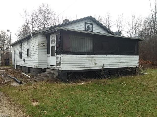 1815 Baker Ave SW, Warren, OH 44485 (MLS #3960246) :: RE/MAX Valley Real Estate