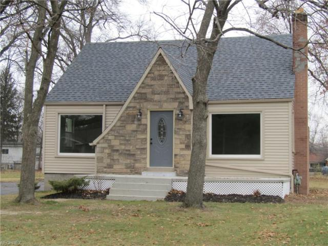 4452 Fitzgerald Ave, Youngstown, OH 44515 (MLS #3960991) :: RE/MAX Valley Real Estate