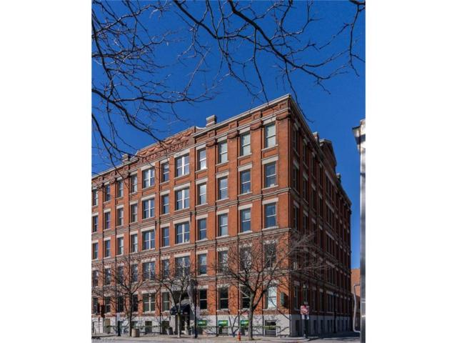 408 W Saint Clair Ave #307, Cleveland, OH 44113 (MLS #3964238) :: Keller Williams Chervenic Realty