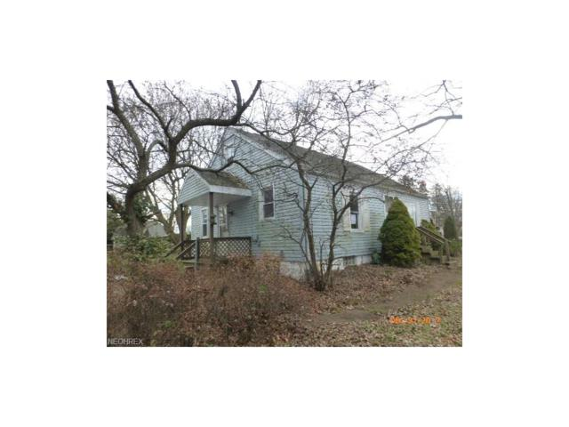 5462 Broadway Ave, Louisville, OH 44641 (MLS #3967574) :: Tammy Grogan and Associates at Cutler Real Estate