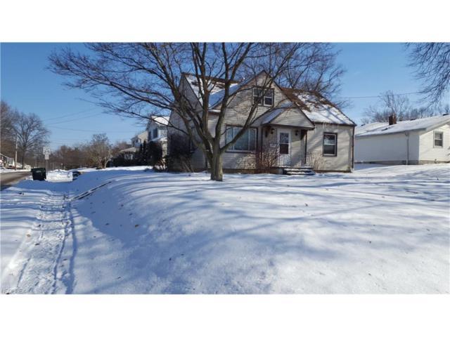 2805 Oakwood Dr, Cuyahoga Falls, OH 44221 (MLS #3967723) :: Tammy Grogan and Associates at Cutler Real Estate