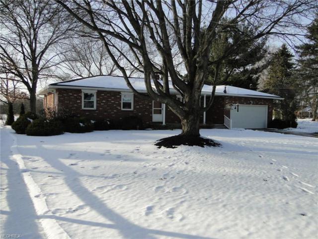 12789 Kaufman Ave NW, Hartville, OH 44632 (MLS #3967937) :: Keller Williams Chervenic Realty